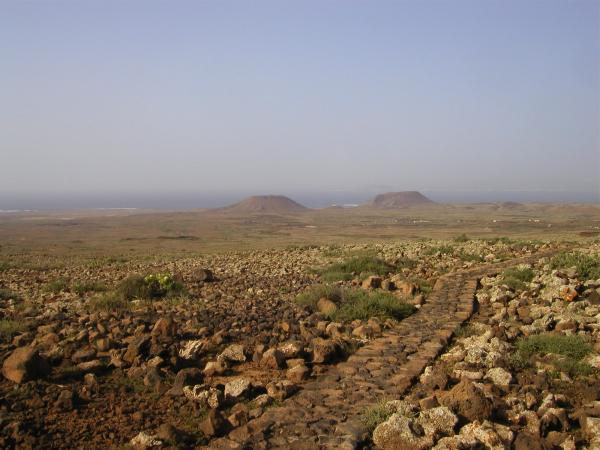 Cristina Kubisch: Crowded Deserts
