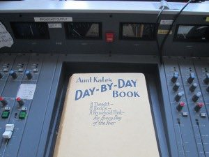Show 533: Day-by-Day (Soundart Radio)